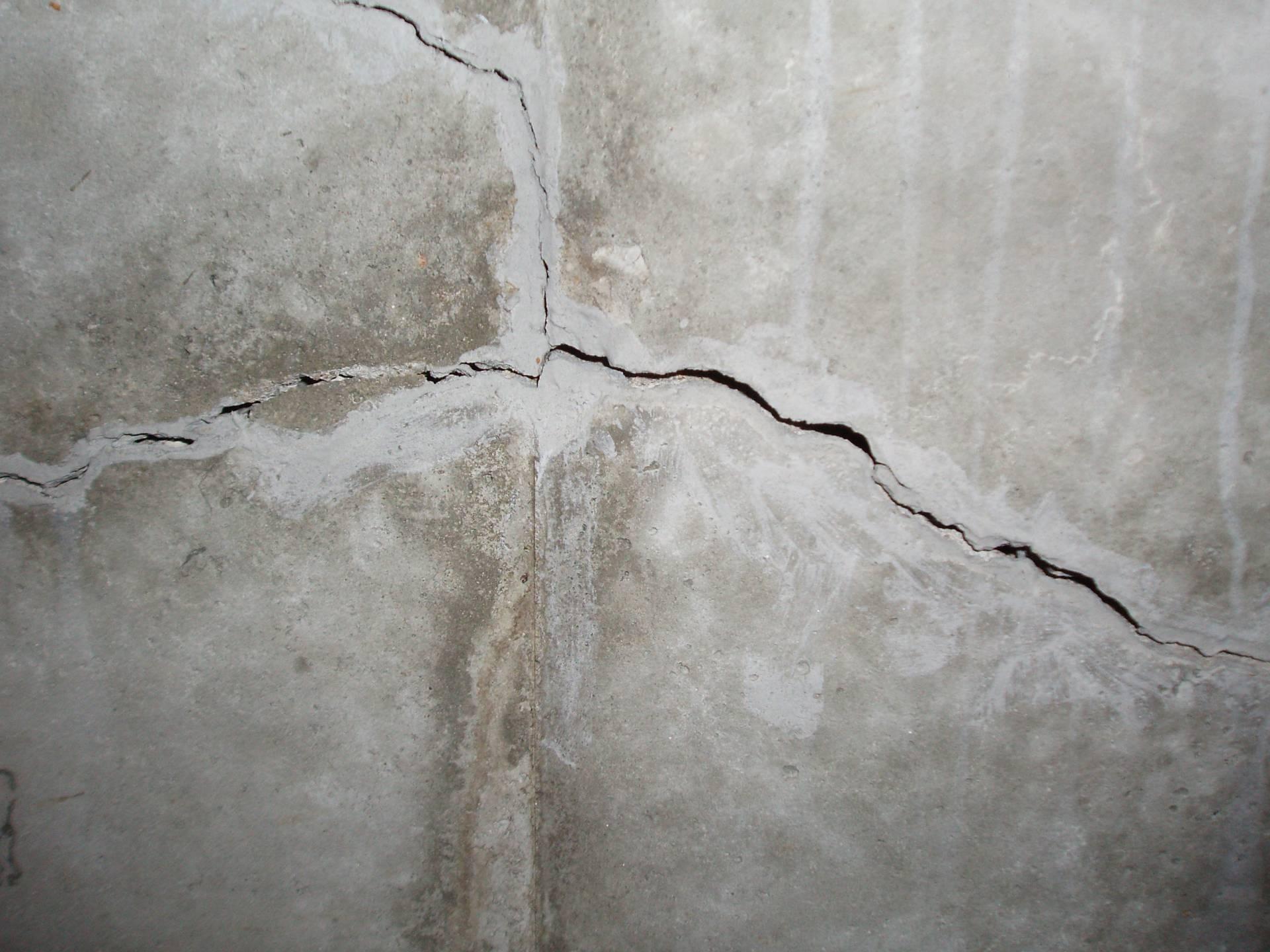 Water Kills Houses Basement Foundation