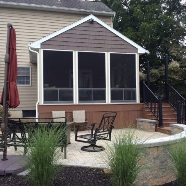 Brownstown PA, Patio