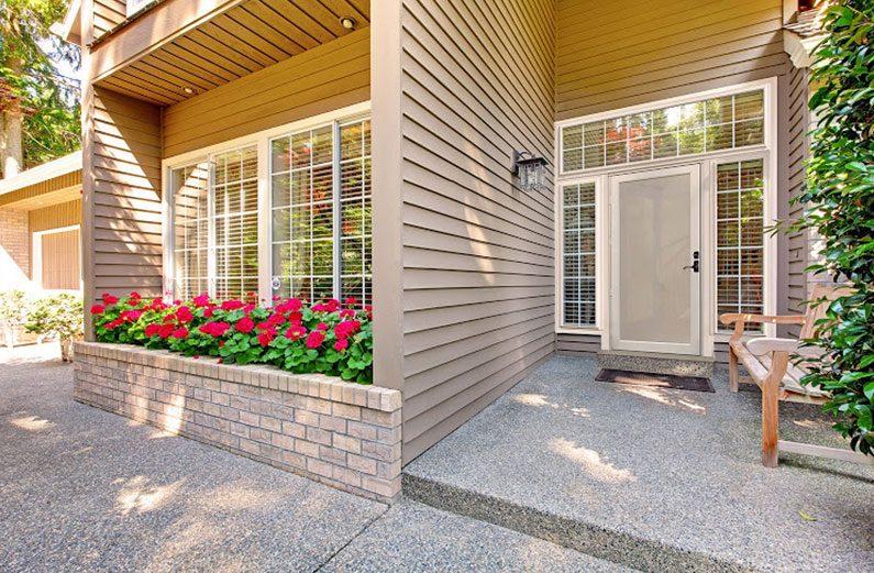 storm door replacement cost